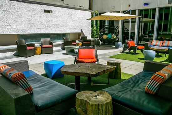 Motif Seattle: Frolik Kitchen + Cocktails Outdoor Seating