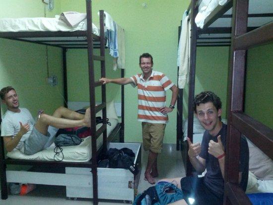 Jugaadus' Hostel: Dorm Room