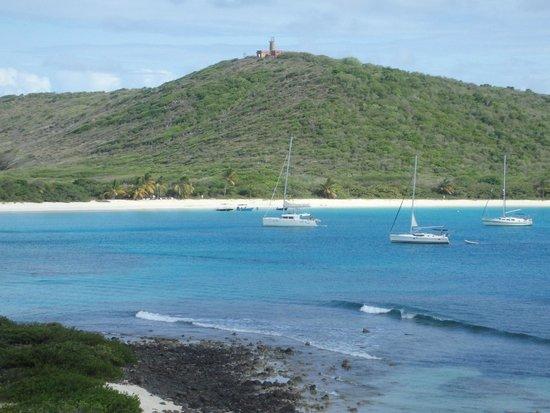 SailCaribe Yacht Charter : Playa Tortuga, Isla Culebrita