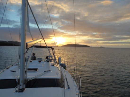 SailCaribe Yacht Charter: Sunset off Culebrita
