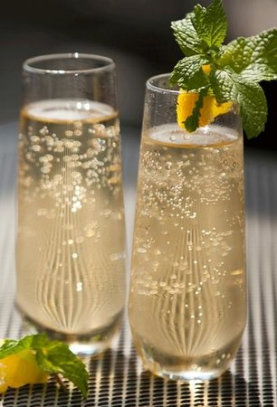 Josephine's Kitchen Catering: bubbles anyone?