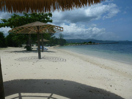 Sunscape Cove Montego Bay: Private beach for Oasis guests.