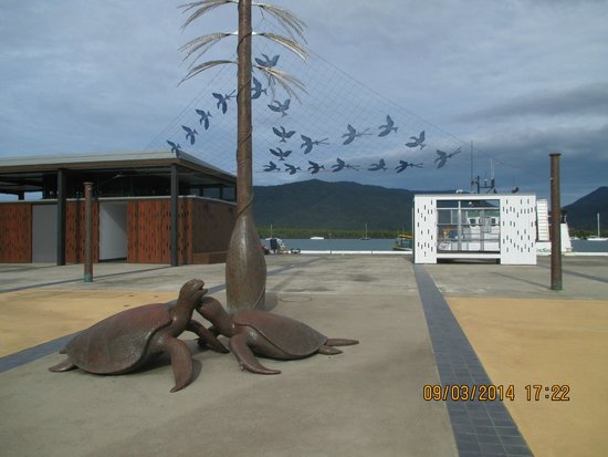 Esplanade Boardwalk: Dreamtime