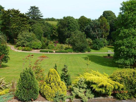 Cliffden Hotel: Gardens