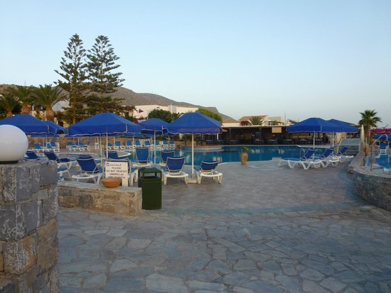 Review Nana Beach Hotel Crete