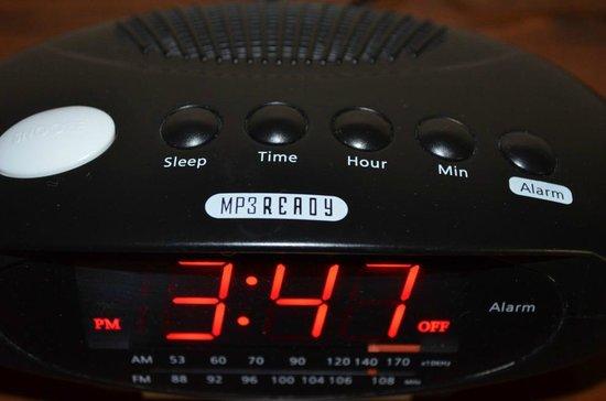 Comfort Inn & Suites West: MP3 Alarm Clock