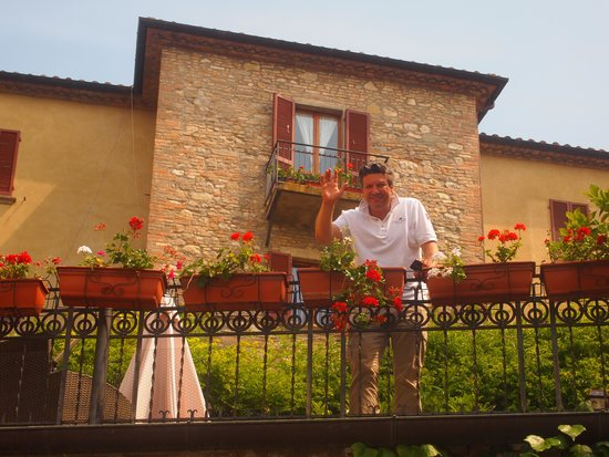 La Locanda del Capitano: Giancarlo Polito welcomes you to La Locanda