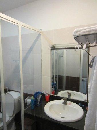 C30 Hotel: Ванная