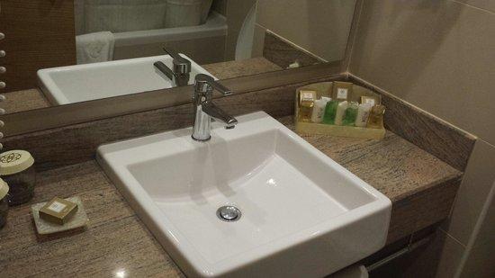 Akka Alinda Hotel : Ванная