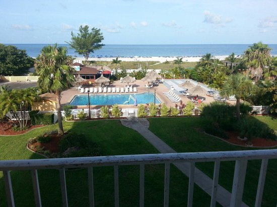 Howard Johnson Resort Hotel - ST. Pete Beach FL : Beach view from fourth floor balcony. Beautiful!