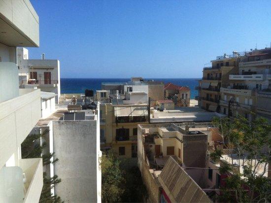 Atrion Hotel : vue sur la mer