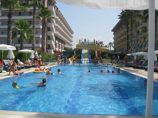 Meryan Hotel: Детский бассейн. Ребенок не вылезал.
