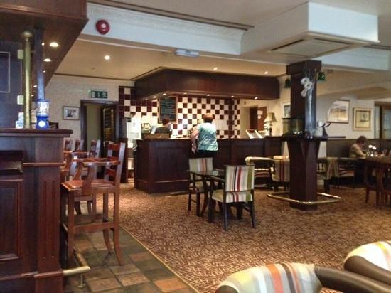 Highlands Hotel: the food bar