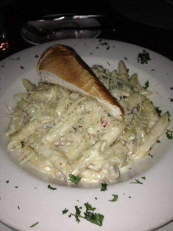 Hemingway's Restaurant : Penne pasta with chicken. Rich sauce