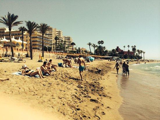 Apartamentos La Fonda: Playa del Bil Bil