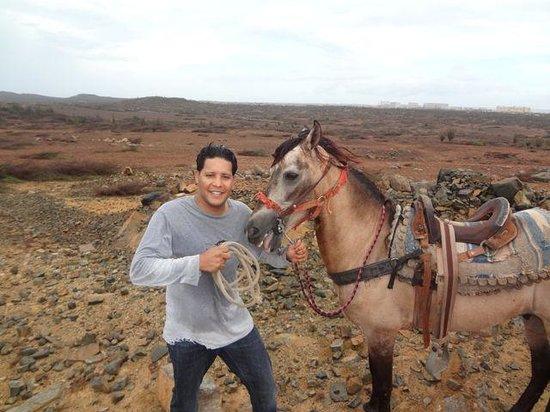 El Paseo Ranch Aruba: Eugene & Capitán