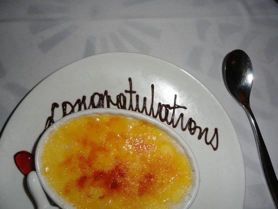 Sandals Royal Caribbean Resort and Private Island: Congratulations creme brulee