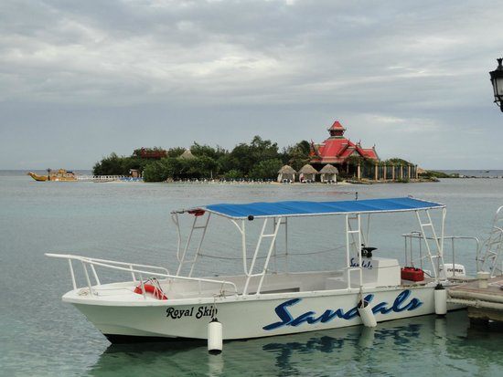 Sandals Royal Caribbean Resort and Private Island: Sandals Cay!