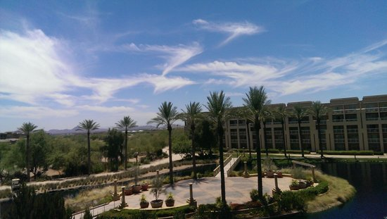 JW Marriott Desert Ridge Resort & Spa Phoenix : View from balcony on 3231