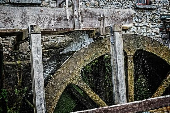 Skerries Mills: Water wheel at Skerries Mill
