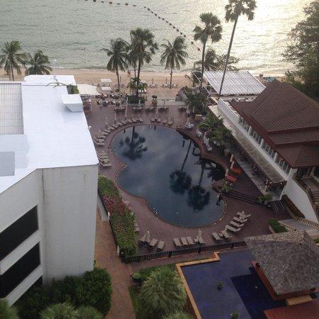 Pullman Pattaya Hotel G: View from room