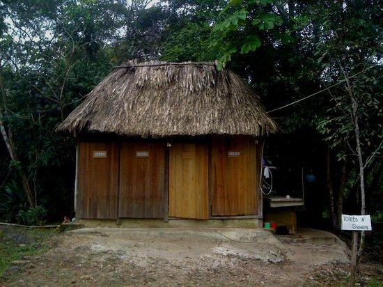 Yaxche Jungle Camp: bathrooms
