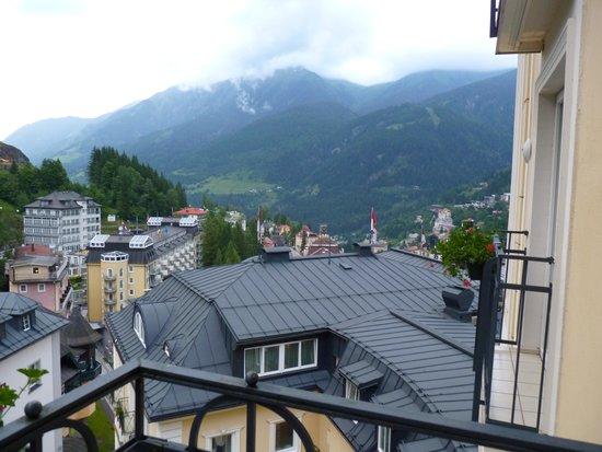 Hotel Salzburger Hof: Utsikt över dalen