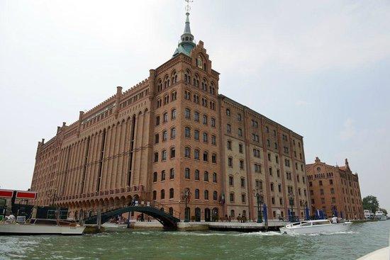 Hilton Molino Stucky Venice Hotel: Hotel