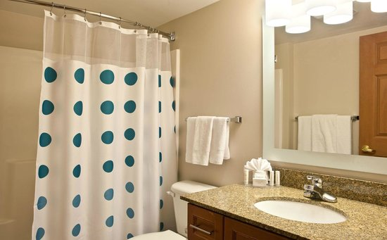 TownePlace Suites Colorado Springs Garden of the Gods: Studio & One-Bedroom Suite Bathroom
