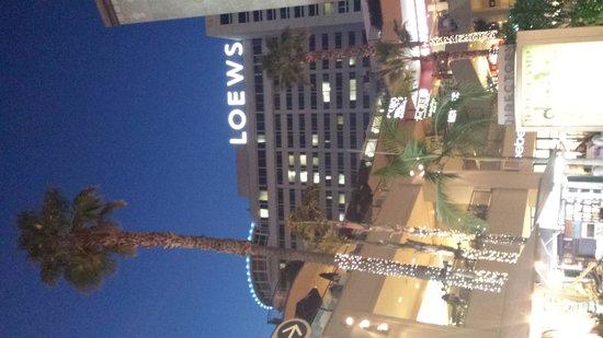 Loews Hollywood Hotel: Loews hotel