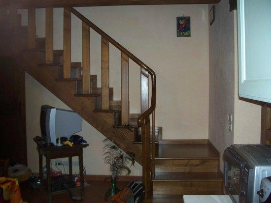 La Carreccia: escalier pour chambere au 2e