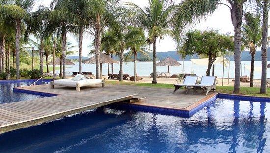 Ribeirao Claro, PR: Piscina vista para Represa!!
