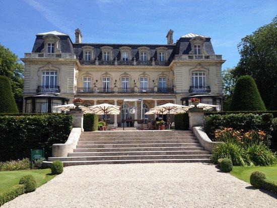 Le Parc Restaurant Les Crayeres: vue de la terrasse