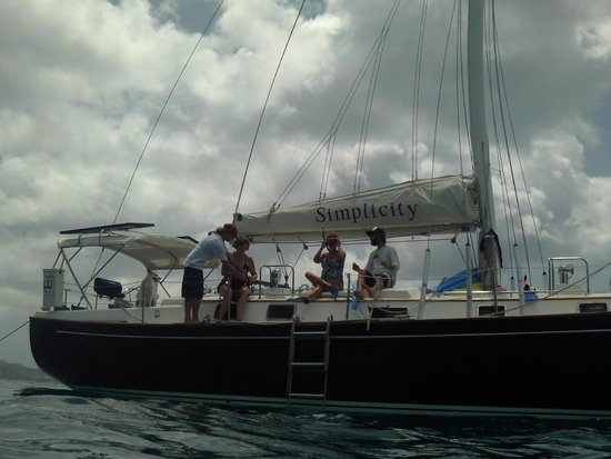 Simplicity Charters : Getting ready to snorkel