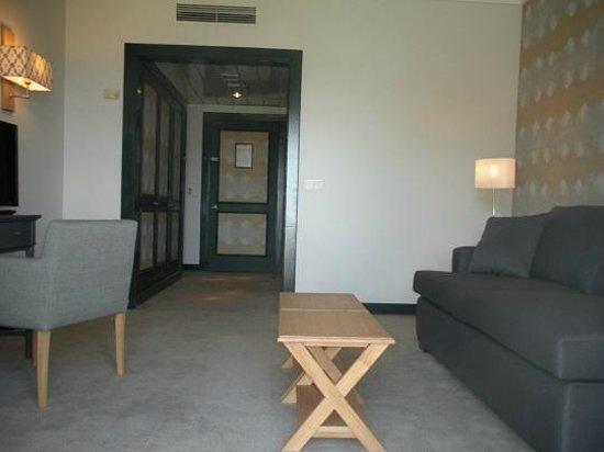 Pousada de Condeixa-Coimbra: Sala da Suite/Room Suite