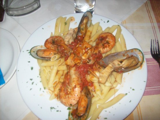 Captains Restaurant: Seafood Marinara with swordfish, king prawn and mussels.