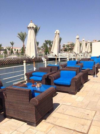 Dana Beach Resort: Bar