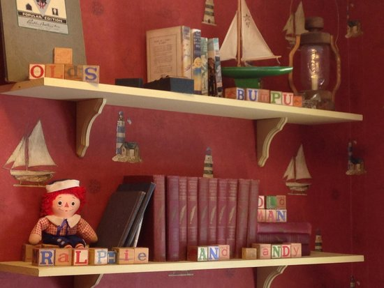 A Christmas Story House: kids room