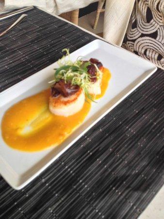 Makana Terrace: Scallop appetizer
