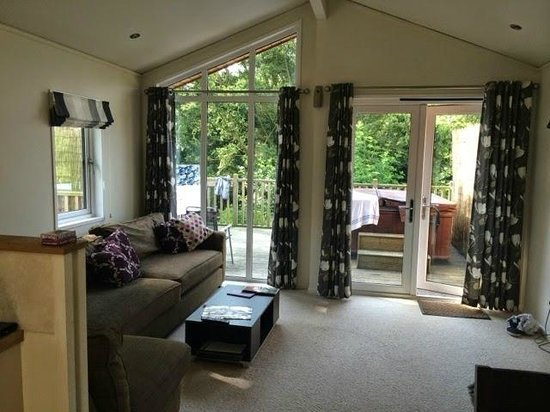 Raywell Hall Country Lodge Park: Living room
