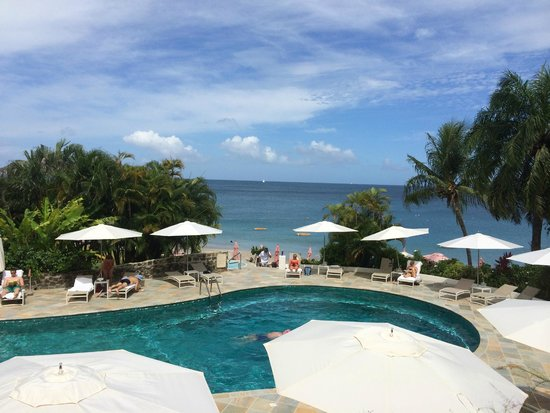 BodyHoliday Saint Lucia : Overlooking the Pool and Beach