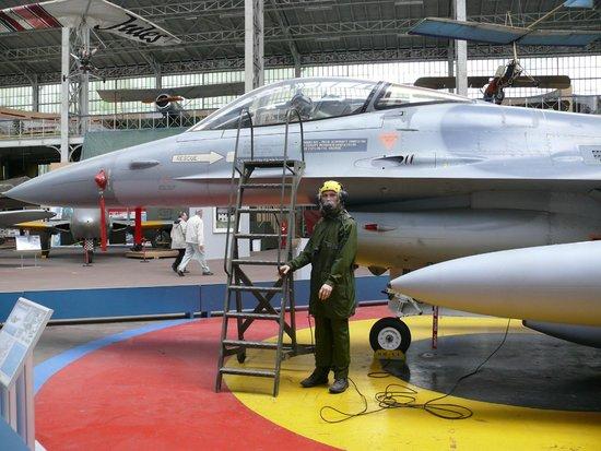 Musée royal de l'armée et de l'histoire militaire : Современный ЛА