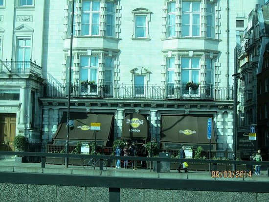 London Rock Music History Tours : Hardrock Cafe London