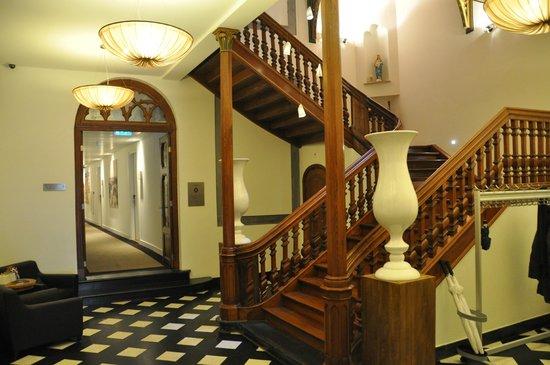 Hotel Merici: Traphotel van het hotel