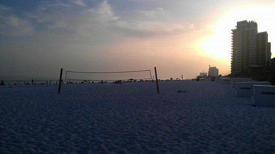 Hilton Sandestin Beach, Golf Resort & Spa: Beach view