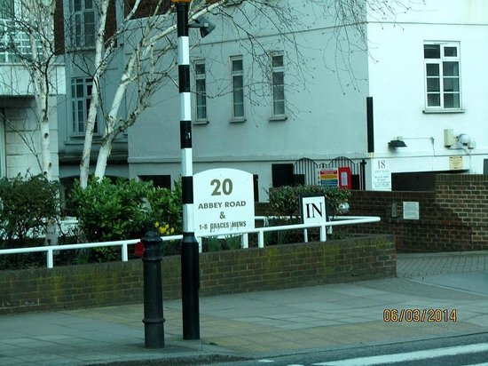 London Rock Music History Tours : Abbey Road