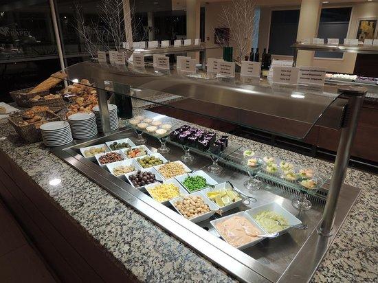 Altos Del Arapey Club De Golf y Hotel Termal: Zona de buffet