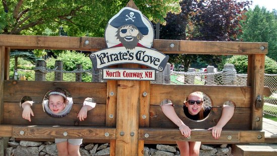 Pirate's Cove  Adventure Mini Golf