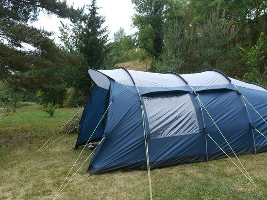 Camping La Rochelambert : Emplacement