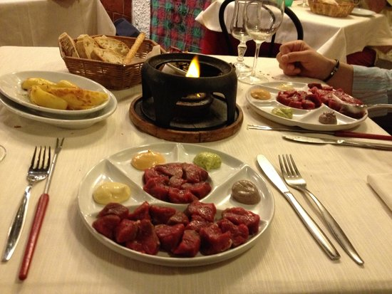 Taverna Lucifero: bourguignonne chinoise